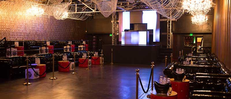 male strip show floor at metropolitan nightclub